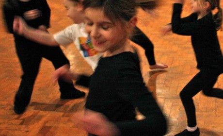 Festive, Dance Workshop, LoGuidice dance, contemporary, choreography, commercial, Christmas, dance, sing, act, perform, performing arts