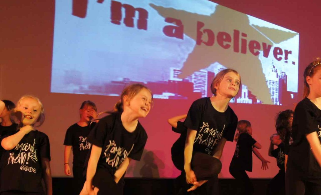 """Famous 4.15'ers dancing to """"I'm A Believer"""" at the very first """"Famously Fresh"""" show, dance, singing and drama"""